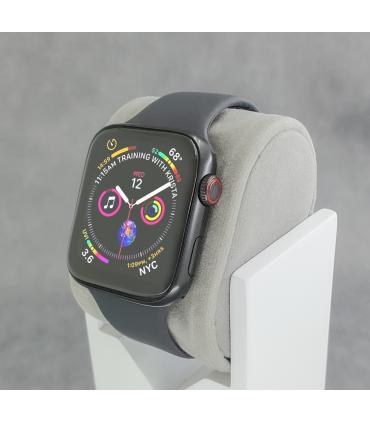 ساعت هوشمند سری 6 مدل SE